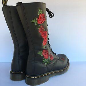 Dr Martens Vonda Fashion Black Boots Rose Floral